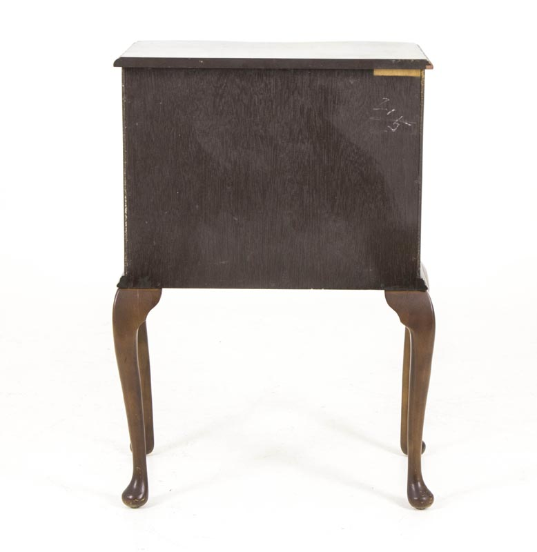 b534 antique mahogany serpentine night stand bedside table chest of drawers end table - Antique Mahogany End Tables