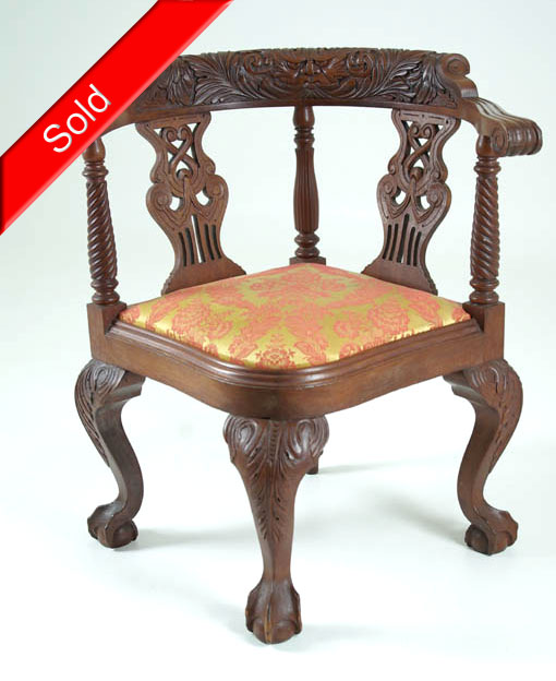 Oak Corner Chair - B405x Vintage Heavily Carved Mahogany Corner Chair With Padded Seat
