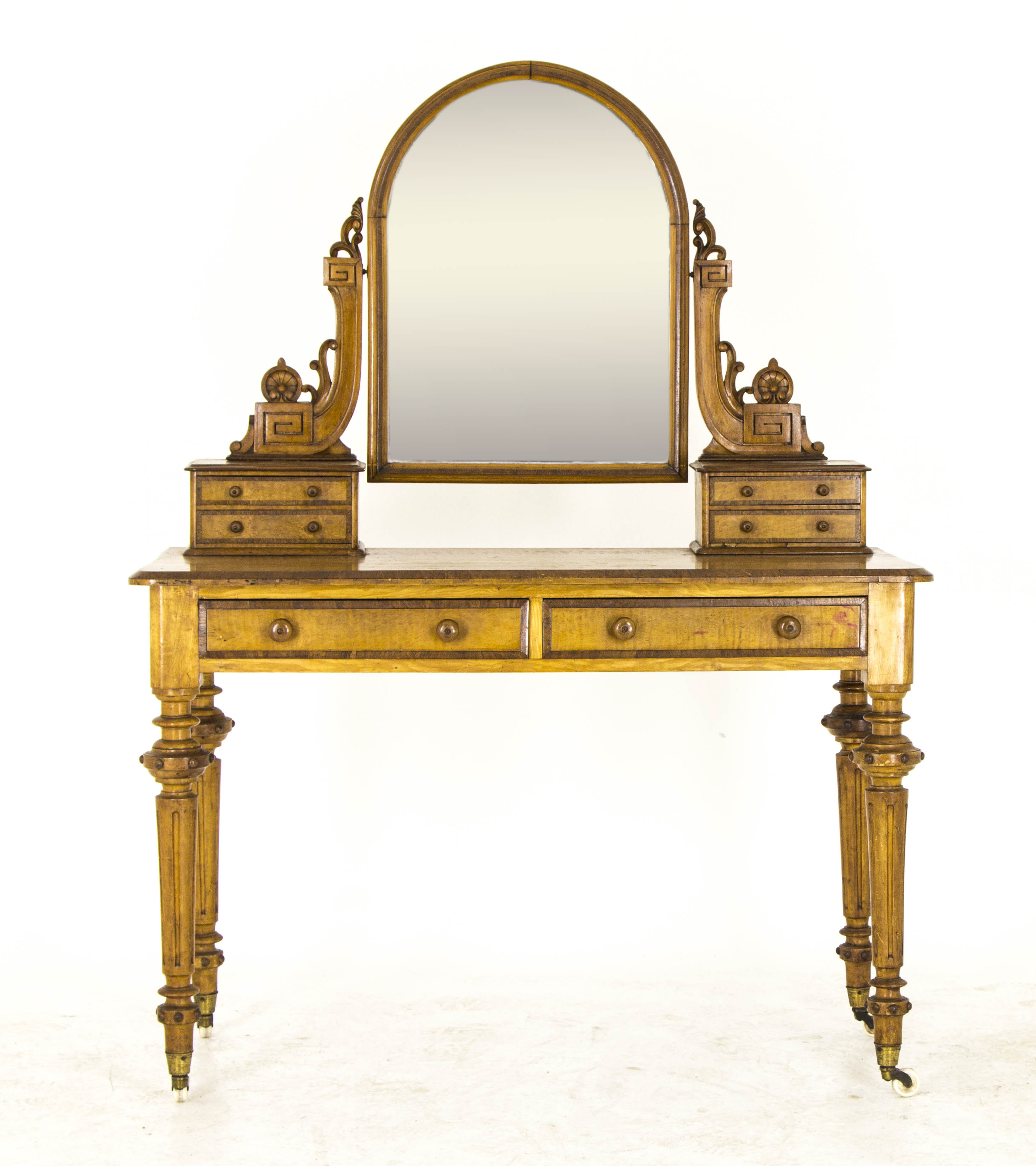Vintage dressing table antique vanity victorian for Vanity dressing table