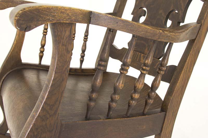 - Antique Rocking Chair Tiger Oak Rocking Chair America B803