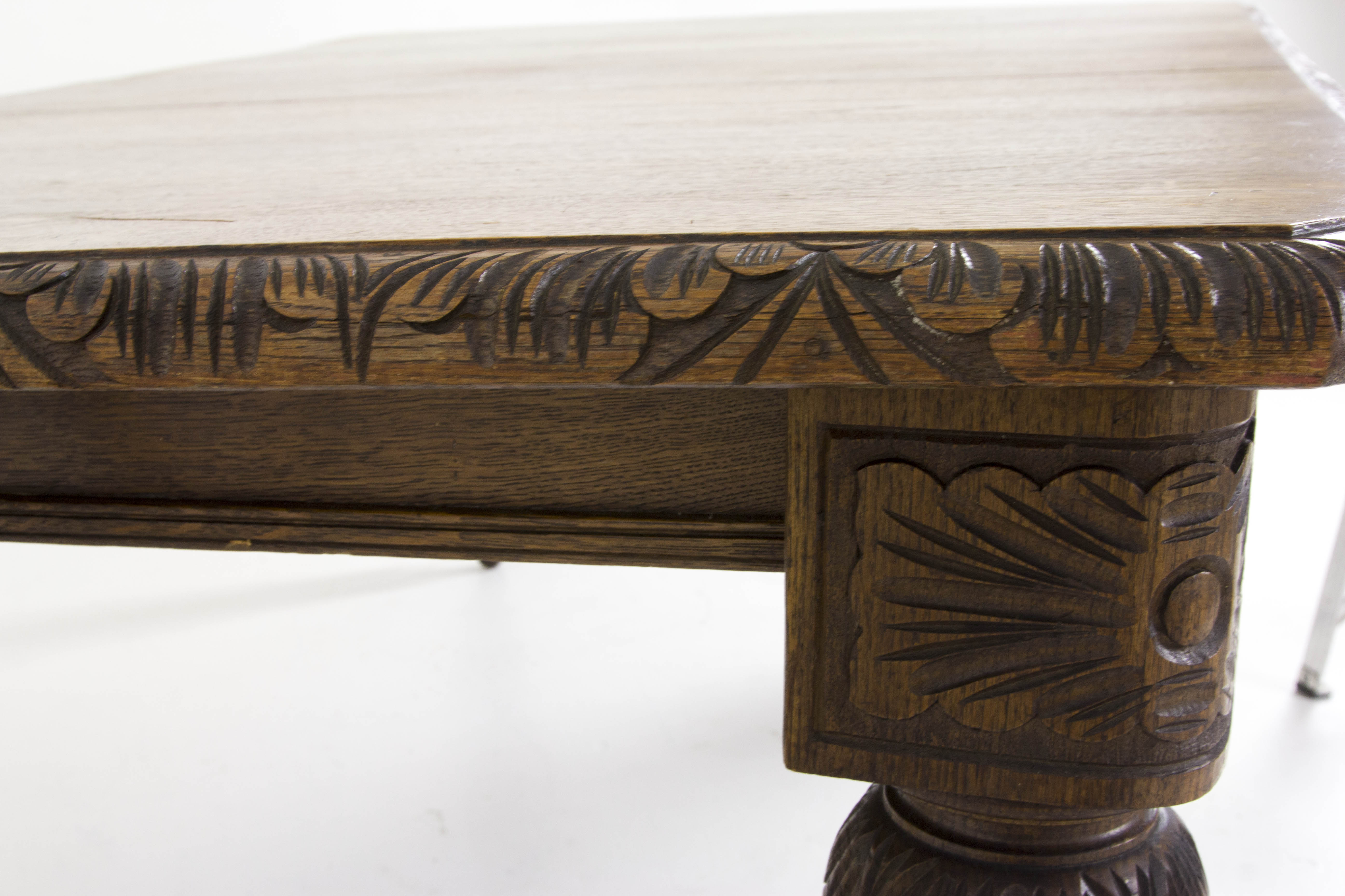 B445 Antique Scottish Victorian Oak Jacobean Carved Dining Table With Wonderful Mechanism