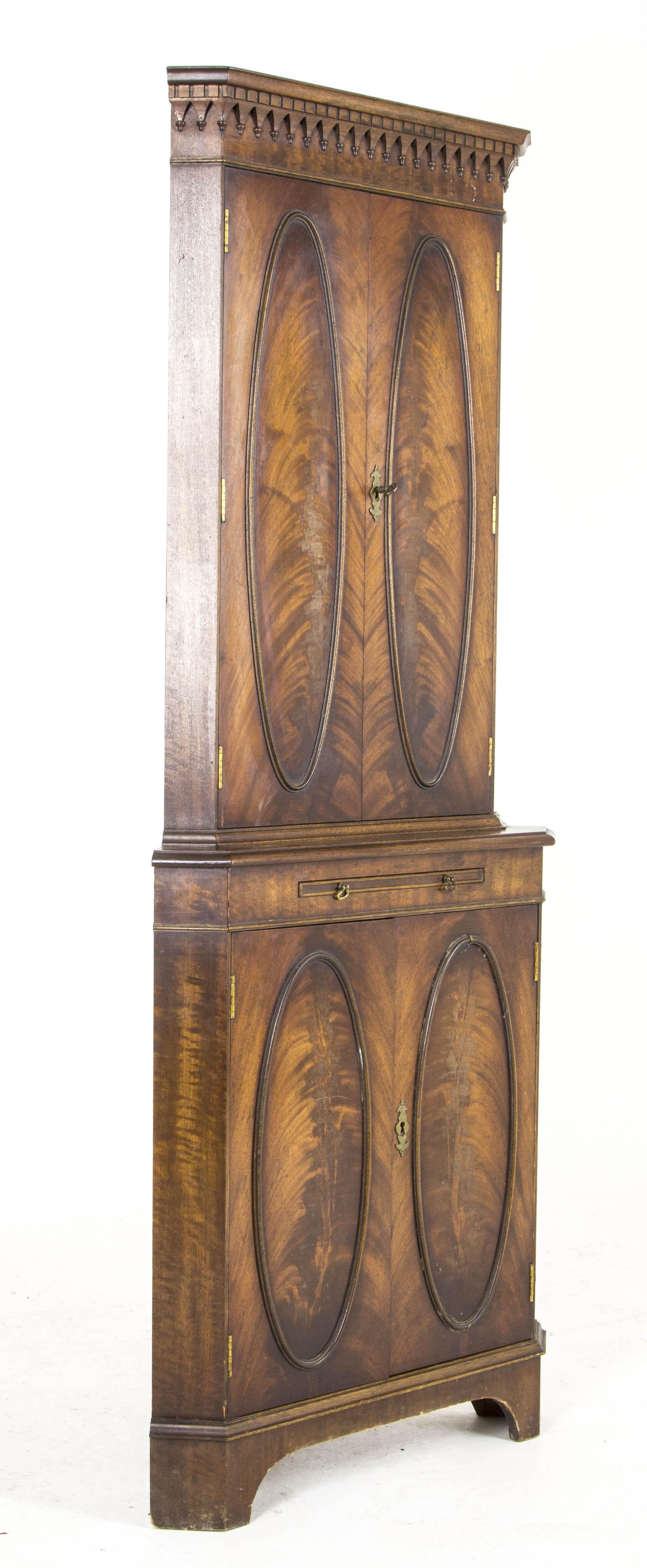 B476 Vintage Scottish Flamed Mahogany Corner Cabinet Dry
