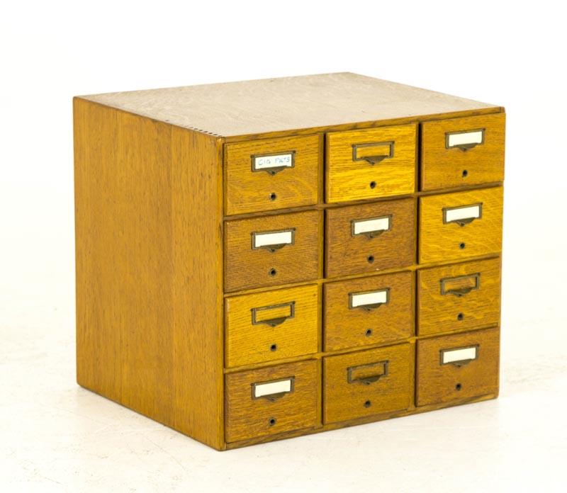 B686 Antique Tiger Oak 12 Drawer Library File Card Cabinet