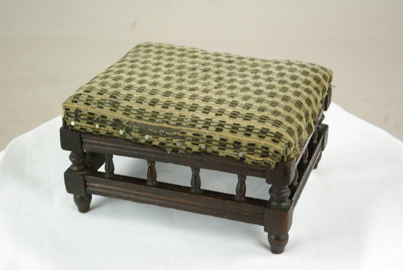 Amazing Pair Antique Footstools Victorian Walnut Footstools Scotland 1880 Antique Furniture B1056 Dailytribune Chair Design For Home Dailytribuneorg