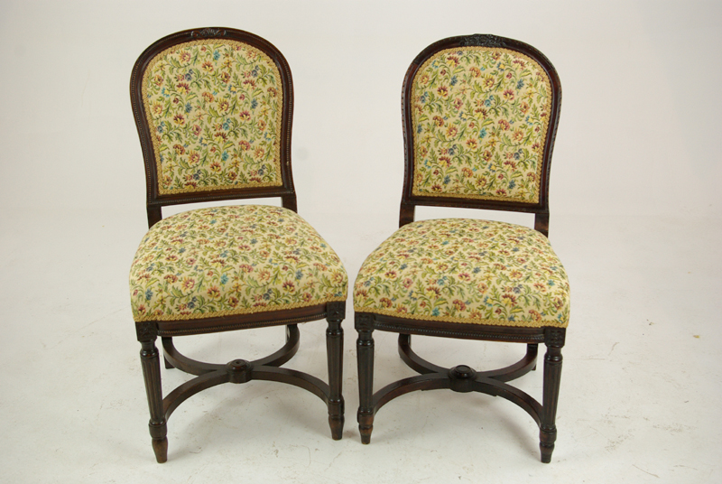 Pair Walnut Chairs Hall Antique Furniture Scotland 1890 B1270
